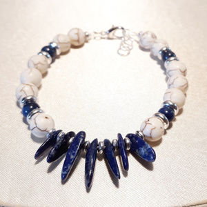 "NEW!!! Lapis Lazuli & Natural Howlite Bracelet 7"""